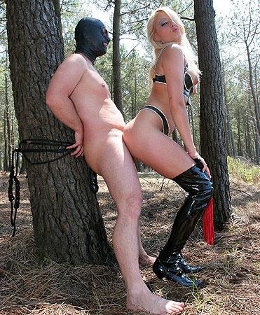 Outdoor Femdom Sex